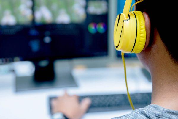 Voor de beste filmkwaliteit gebruiken wij de professionele edit software van DaVinci Resolve.